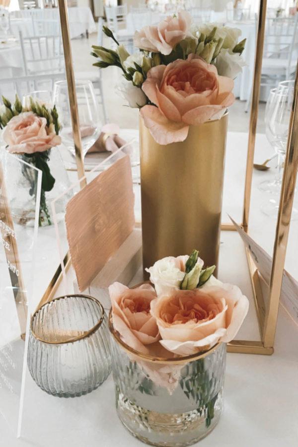 Dekorative Goldständer mieten für Hochzeiten & Events im Onlineeventverleih bei Freiburg
