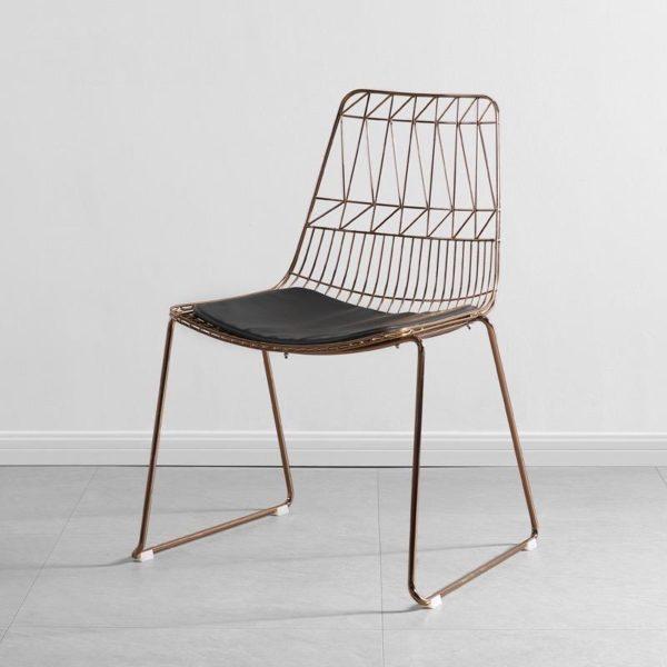 Lucy Wire Chair in Roségold mieten in Haltern am See, NRW